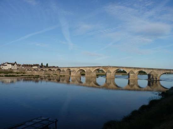 Gien: Le pont